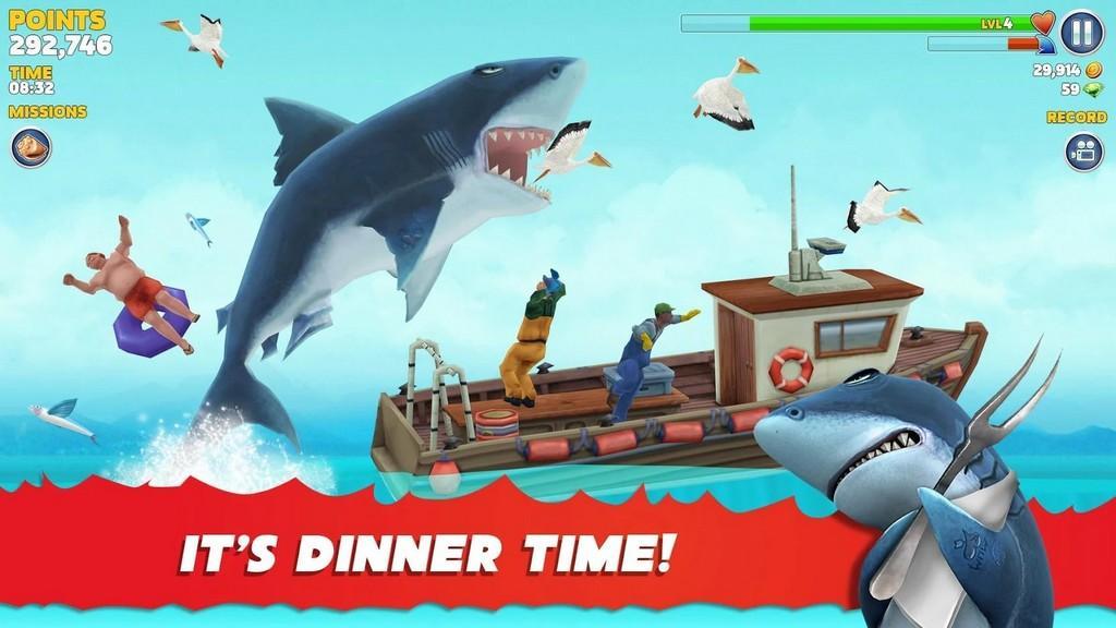 Hungry Shark Evolution MOD APK - Gameplay